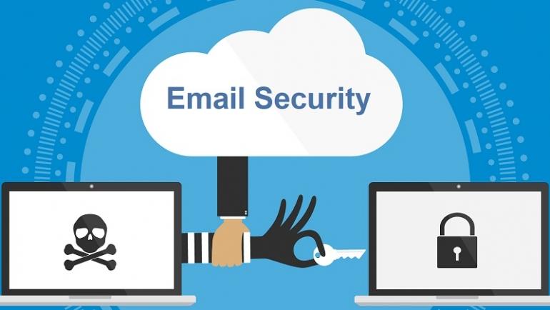 Attentes sur le lieu de travail et exceptions personnelles: les failles sociales de la sécurité de la messagerie électronique