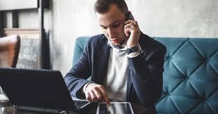 Les risques liés à la sécurité mobile sont à la hausse, mais les employeurs continuent de faire des économies